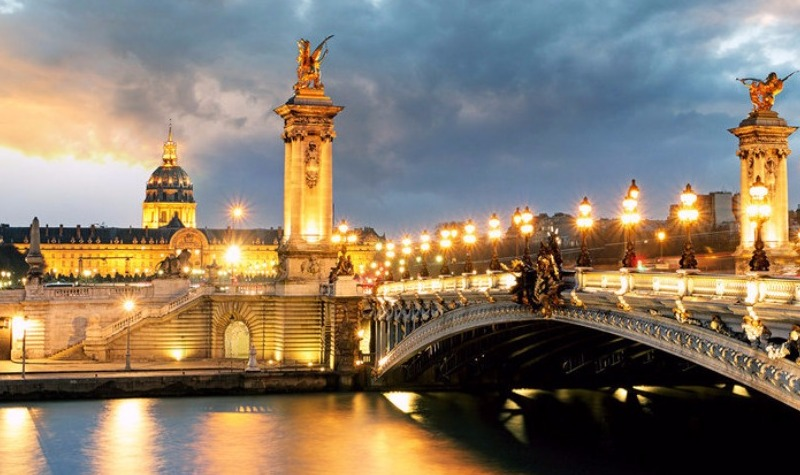 Demand for paris luxury real estate sees foreign boost
