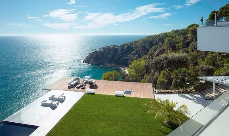 New Residency Laws May Affect Spain's Luxury Property Market